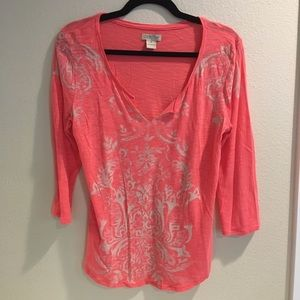 Lucky coral v-neck 3/4 sleeve size M